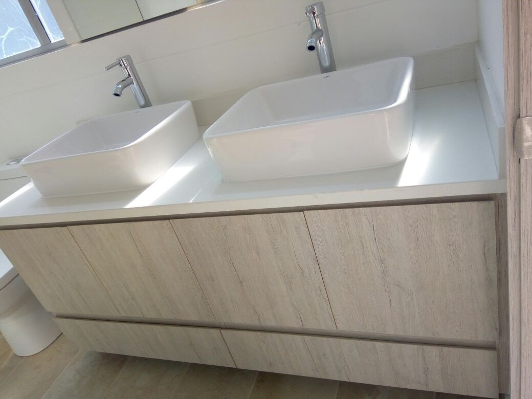 Mueble de Baño Especial