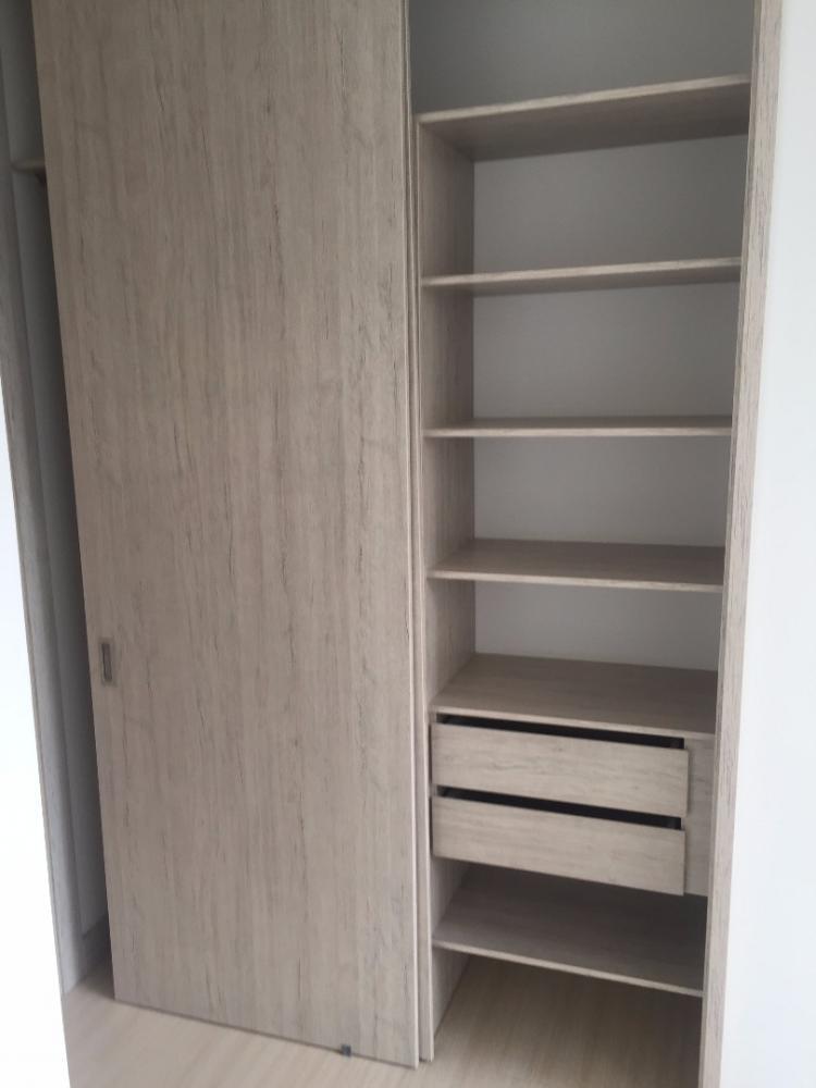 Closet Batiente