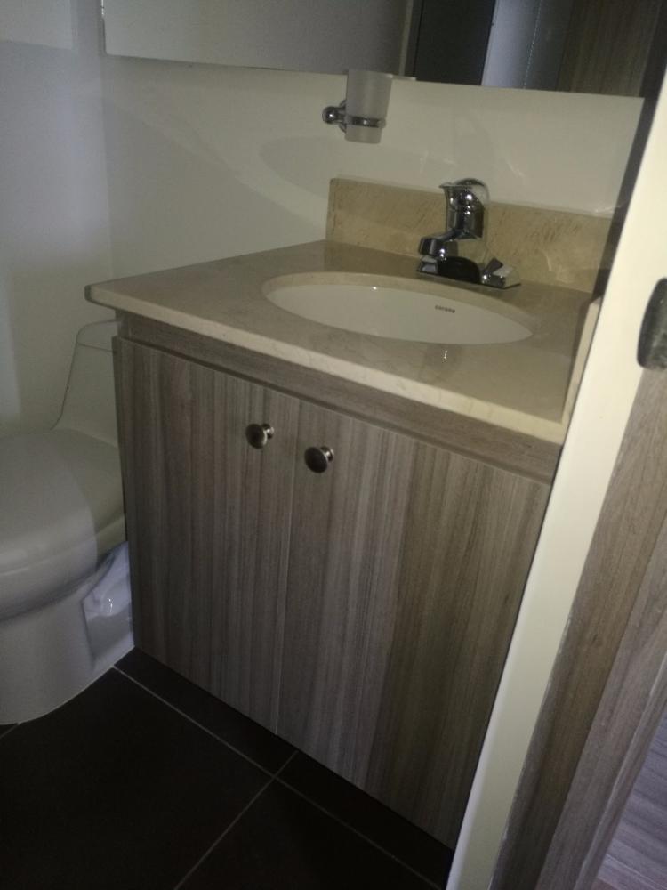 Mueble de baño Básico